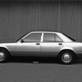 """Die ersten Modelle des späteren """"190ers"""""""
