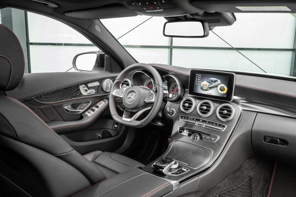 der neue mercedes benz c 450 amg 4matic zweites amg. Black Bedroom Furniture Sets. Home Design Ideas