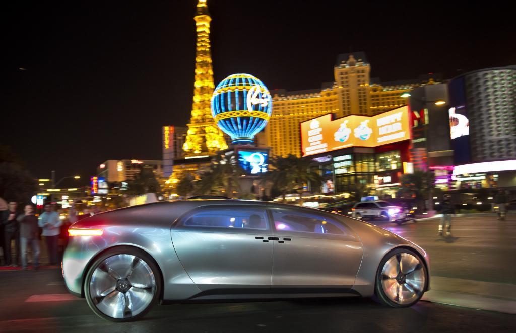 Der F 015 in Las Vegas (Bild: Daimler AG)