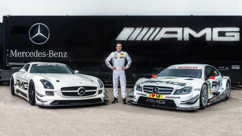 Maximilian Götz zwischen SLS AMG GT3 und Mercedes-AMG C 63 DTM