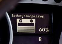 Die Batterie ist immer noch die häufigste Pannenursache (Bild: Daimler AG)