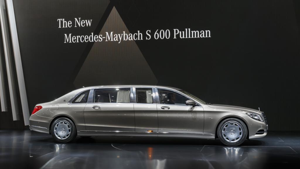Der Mercedes-Maybach S600 Pullmann in voller Größe (Bild: Daimler AG)