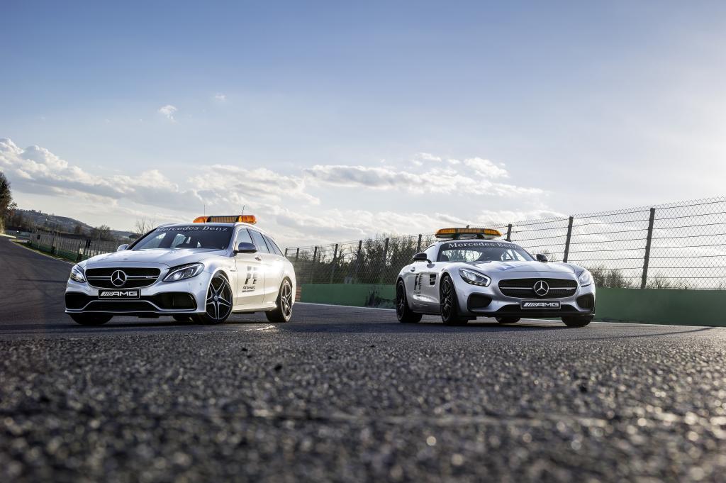 Mercedes-AMG GT S als Safety Car und Mercedes-AMG C 63 S T-Modell als Medical Car der FIA Formel 1 Weltmeisterschaft 2015 (Bild: Daimler AG)