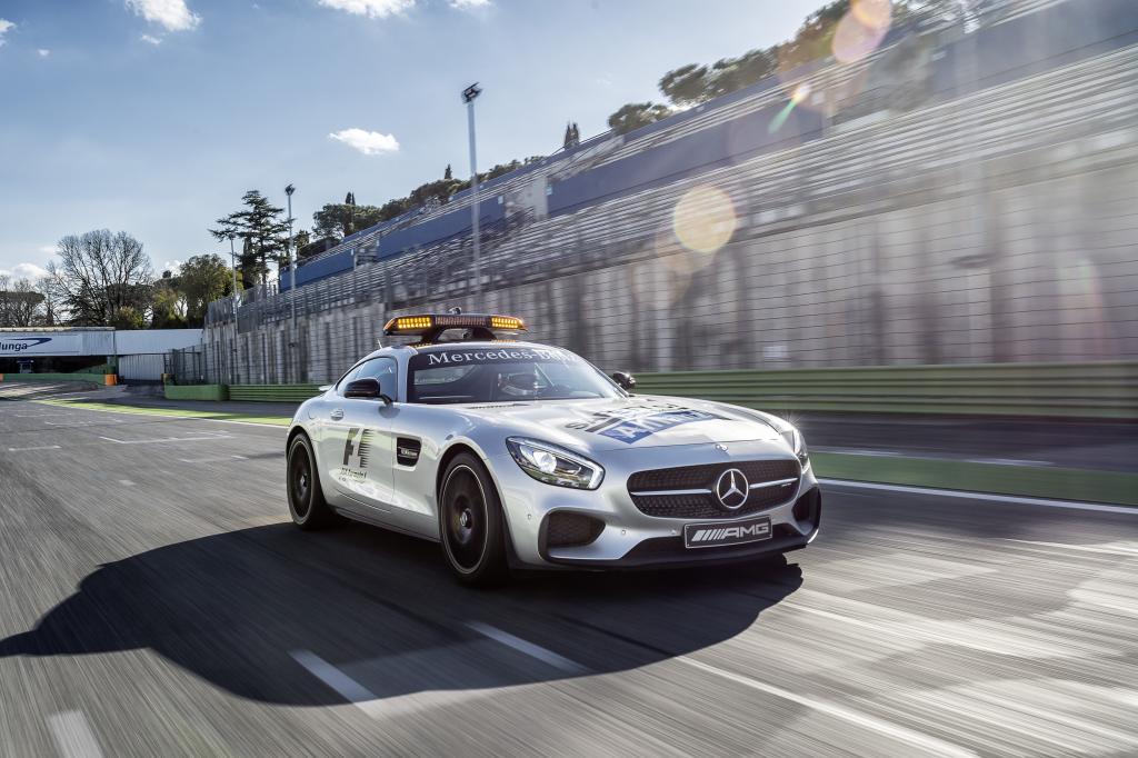 Mercedes-AMG GT S als Safety Car der FIA Formel 1 Weltmeisterschaft 2015 (Bild: Daimler AG)
