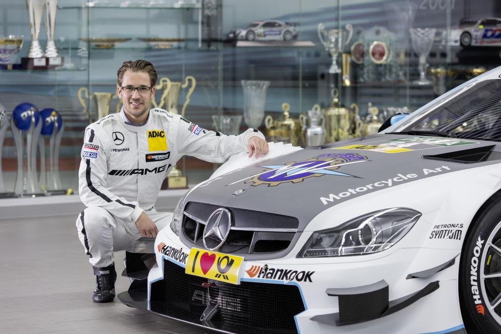 Maximilian Götz, DTM- Mercedes-AMG C-Coupé  im MV Agusta Design (Bild: Daimler AG)