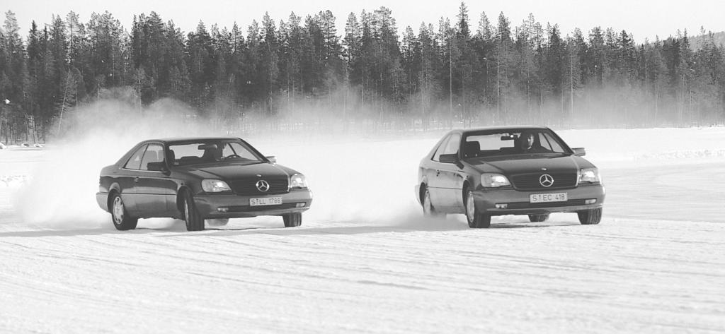 ESP Testfahrten in Schweden mit dem S-Klasse Coupé, 1994 (Bild: Daimler AG)