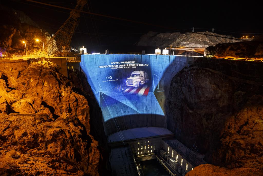 """Infinite Inspiration"" - Premiere des Freightliner Inspiration Truck (Bild: Daimler AG)"