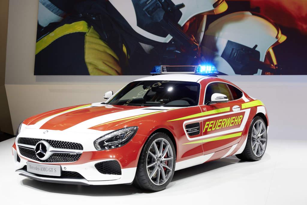Mercedes-AMG GT S Feuerwehr - Die schnellste Feuerwehr der Welt (Bild: Daimler AG)
