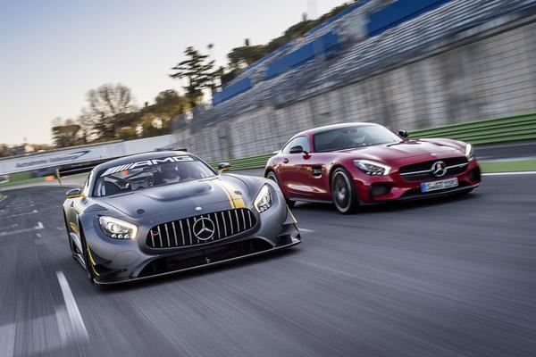 Mercedes-AMG GT3 Rennversion im Vergleich zum AMG GT S (Bild: Daimler AG)