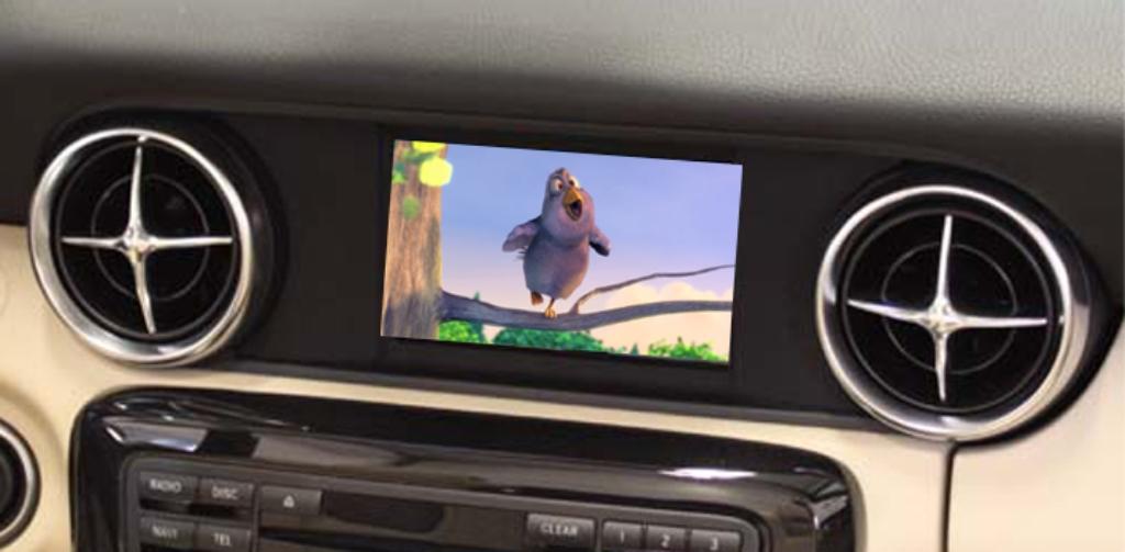 Filmwiedergabe mit Audio 20 NTG 4.5 und luukbox im SLK R172 (Bild: XCar-Style)