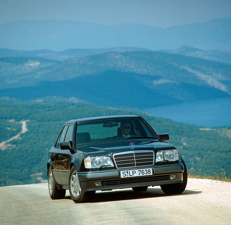 Der 500 E als Facelift (Bild: Daimler AG)