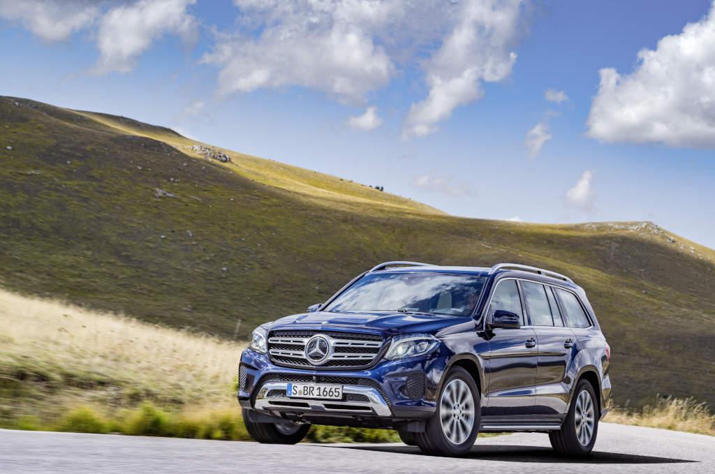 GLS 350 d, in Cavansitblau metallic (Bild: Daimler AG)