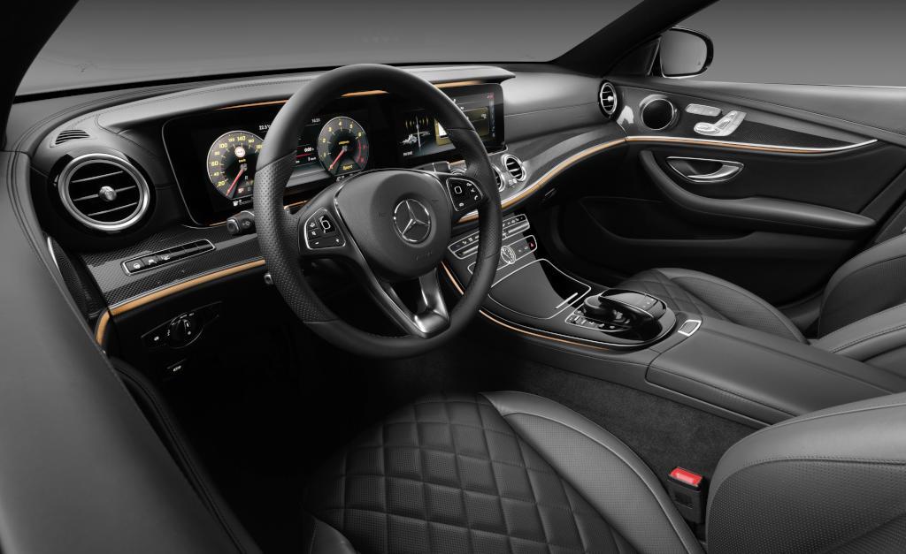 Sportlich, edel oder klassisch: Unterschiedliche Innenraumkonzepte für unterschiedliche Kundengruppen (Bild: Daimler AG)