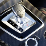 Mercedes-AMG SLC 43, Interieur, Schalthebel (Bild: Daimler AG)
