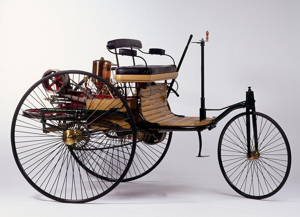 Ein Nachbau des Patent-Mororwagens (Bild: Daimler AG)