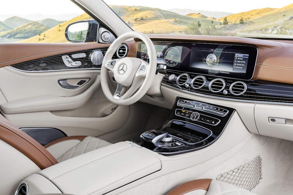 Interieur sattelbraun/macciato (Bild; Daimler AG)