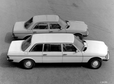 Der W123 in Überlänge (Bild: Daimler AG)