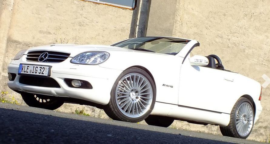 Ein Traum in Weiß: SLK 32 AMG (Bild: Mercedes-Fans.de)