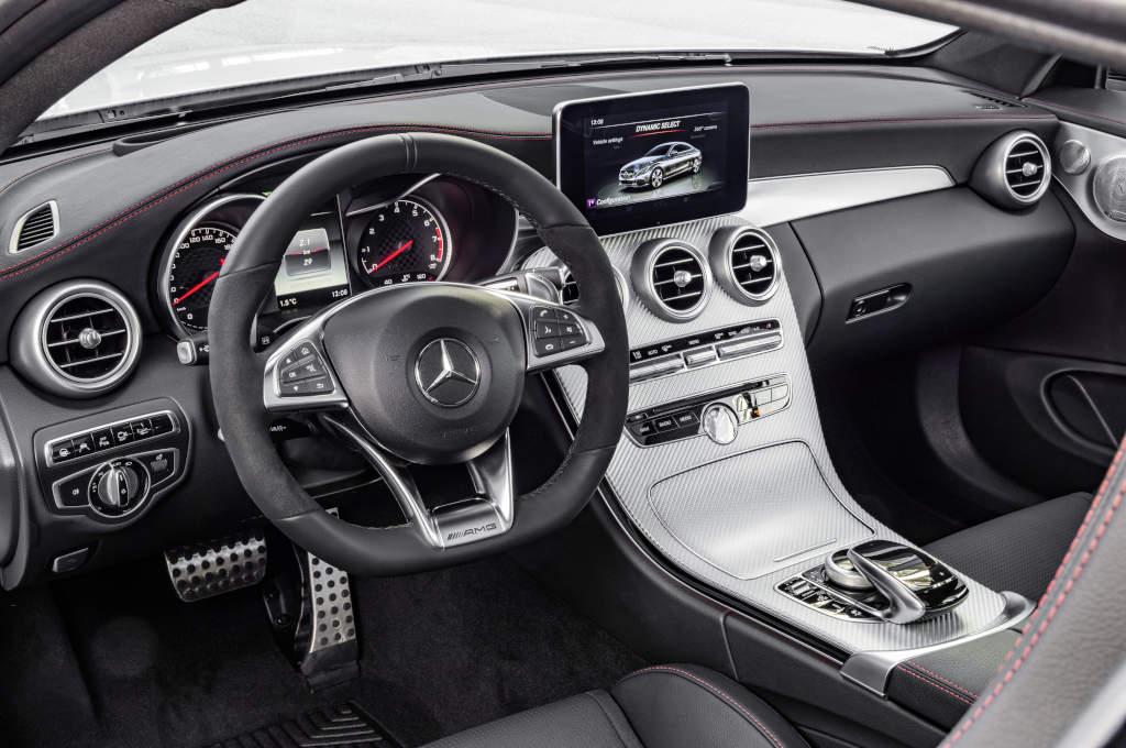 Mercedes-AMG C 43 Coupé, Interieur: Leder schwarz (Bild: Daimler AG)