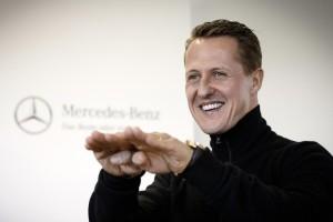 Michael Schumacher nach dem Ende seiner aktiven Karriere als Markenbotschafter und Entwicklungspartner von Mercedes-Benz (Bild: Daimler AG)