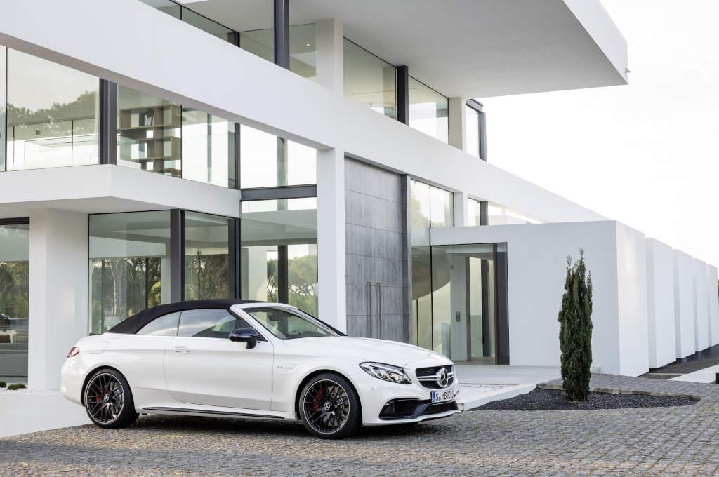 Mercedes-AMG C 63 S Cabriolet( A 205); 2016; Exterieur: designo diamantweiß bright; (Bild: Daimler AG)