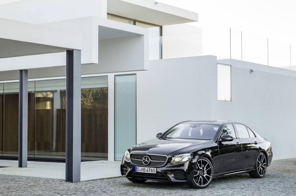 Mercedes-AMG E 43 4MATIC (W 213) Obsidianschwarz (Bild: Daimler AG)