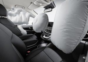 Rückrufe wegen Airbags in Nordamerika (Bild: Daimler AG)
