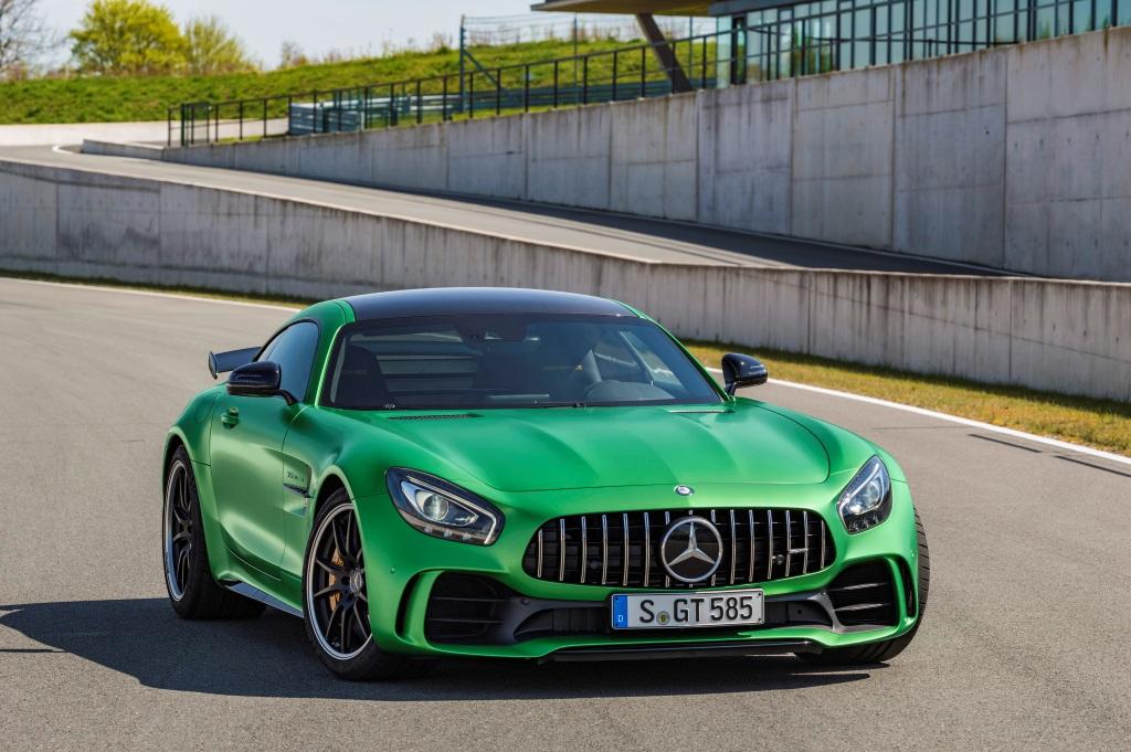"Mercedes-AMG GT R: Entwickelt in der ""Grünen Hölle"", Exterrieur: AMG Green Hell magno (Bild: Daimler AG)"