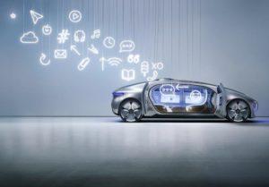 Assistenzsystem - nicht Autopilot. Ein kleiner aber feiner Unterschied (Bild: Daimler AG)