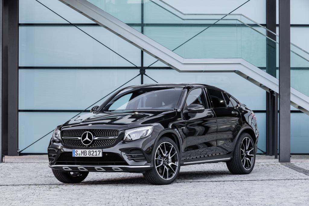 Mercedes-AMG GLC 43 4MATIC Coupé Obsidianschwarz (Bild: Daimler AG)
