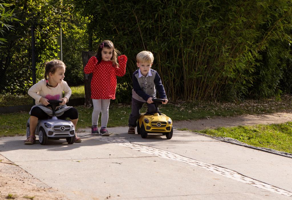 Früh übt sich....Bobby-AMG GT und Bobby-AMG GT S in AMG Solarbeam mit beleuchtenden LED (Bild: Daimler AG)