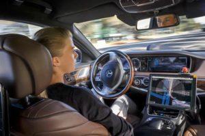 Mercedes-Benz S500, Versuchsträger zum Vollautonomen Fahren (Bild: Daimler AG)