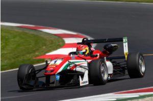 Formel 3 Motoren von Mercedes-AMG haben schon viele Rennfahrerkarrieren beflügelt (Bild: Daimler AG)