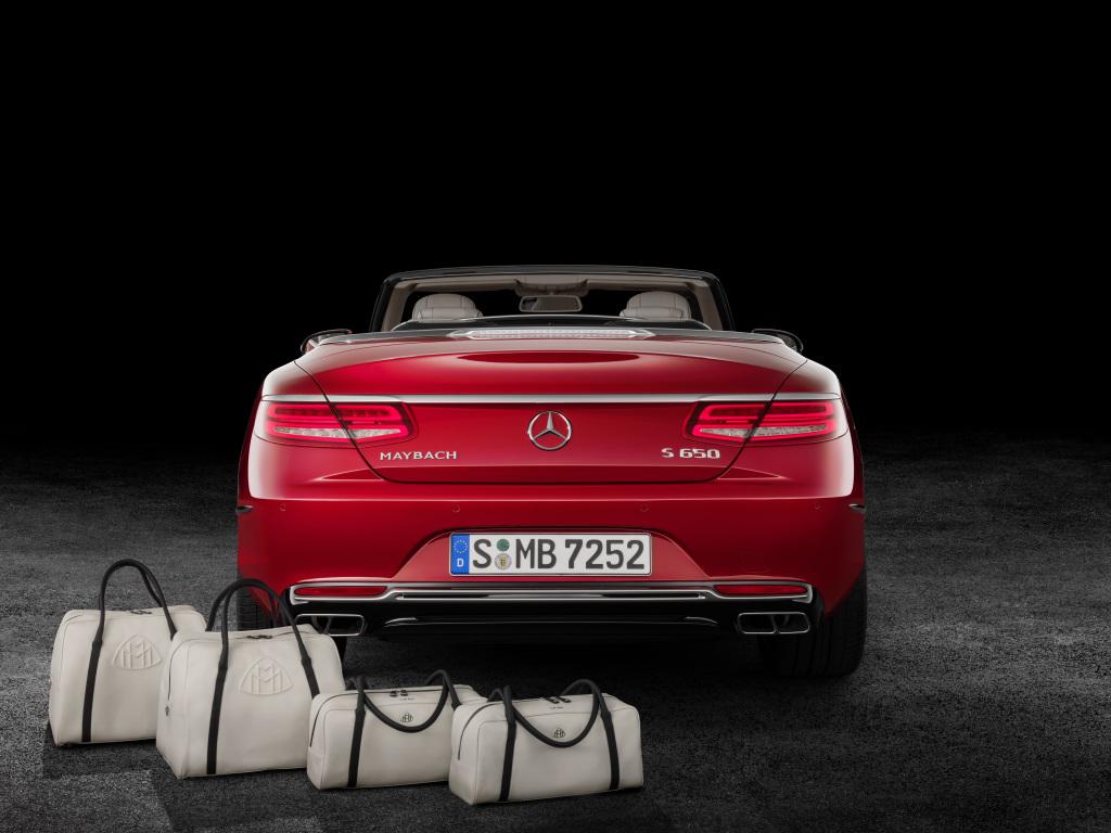 """Mercedes-Maybach S 650 Cabriolet, Reisetaschen-Set """"THE AFFINITY"""" (Bild: Daimler AG)"""