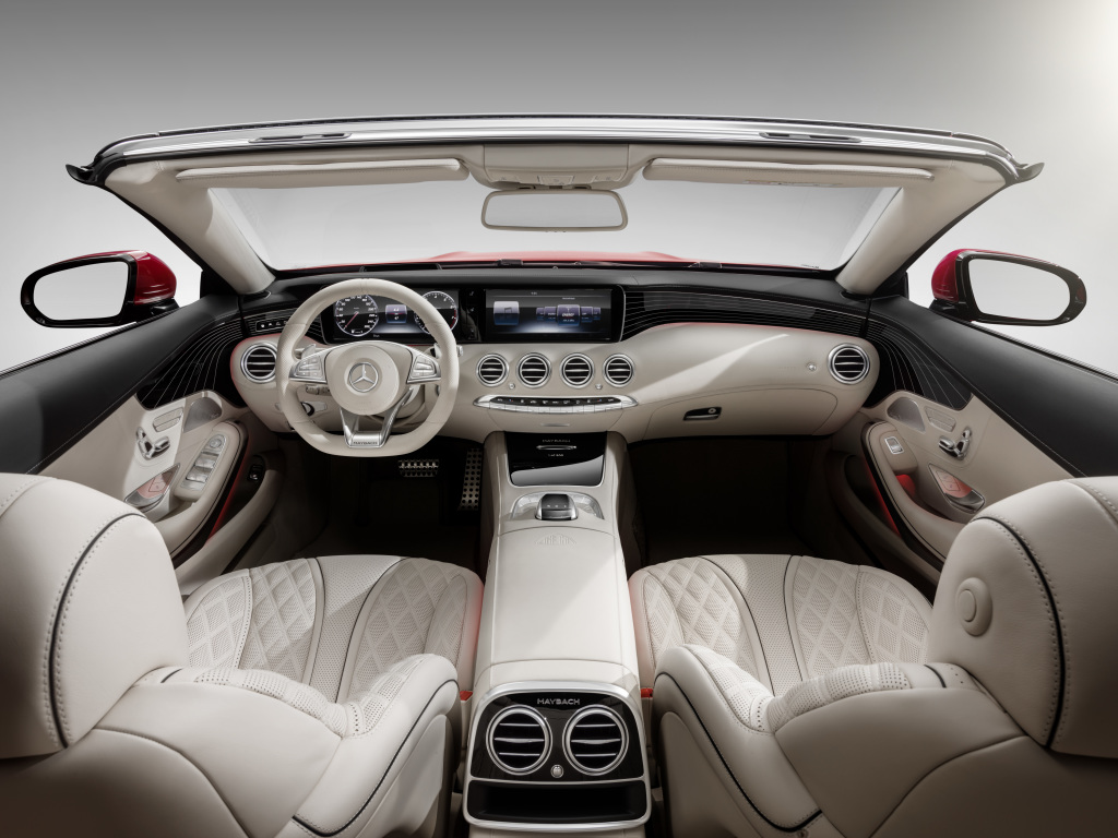 Mercedes-Maybach S 650 Cabriolet, Interior, Fluss der Linien, Rautensteppung ;Kraftstoffverbrauch kombiniert: 12,0 l/100 km; CO2-Emissionen kombiniert: 272 g/km Mercedes-Maybach S 650 Cabriolet, interior , flowing lines, outer diamond quilting; Fuel consumption combined: 12,0 l/100 km; Combined CO2 emissions: 272 g/km