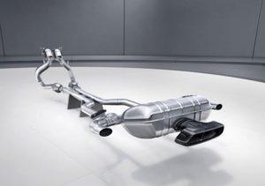 AMG GT R; AMG Performance Sport Abgasanlage (Bild: Daimler AG)